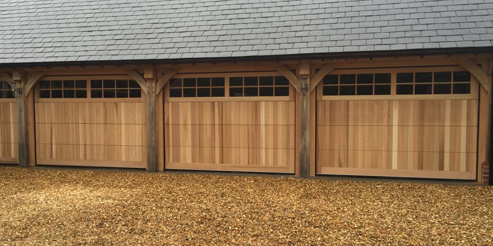 Wooden garage cdc garage doors for Garage doors uk